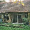 Rojstna hiša Barbare Kajnč, poznejše nune Magdalene, na Semeškem Vrhu.
