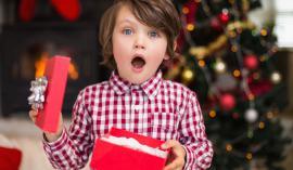 Pravo darilo bomo izbrali le, če otroka dobro poznamo. FOTO: Guliver/Thinkstock