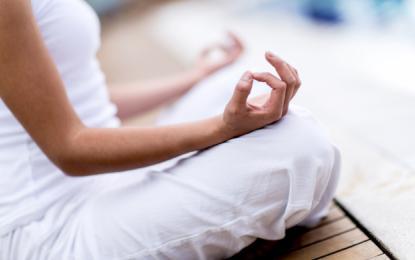 Meditacija je lahko prvi korak na poti do tega, da se vzljubite