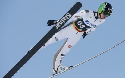 Peter Prevc je bil kot najboljši Slovenec 14. (134 in 127,5 m, 255).