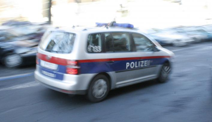 Policisti so prišli zaradi anonimne prijave