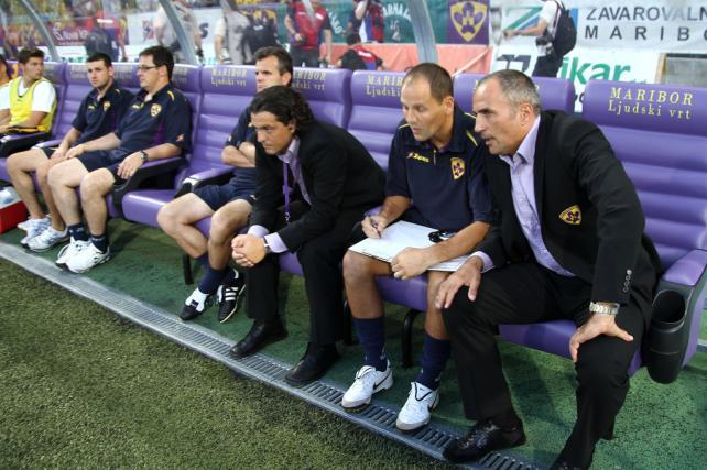 Trener Darko Milanič in kapetan Marcos Tavares dobro razpoložena čakata na obračun s Spartakom.