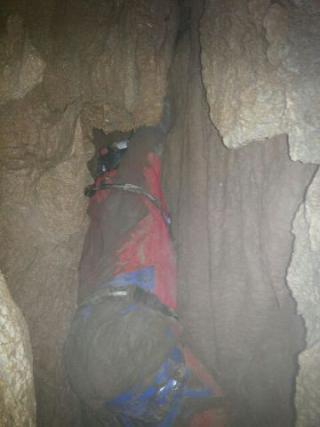 Prvi posnetki iz jame