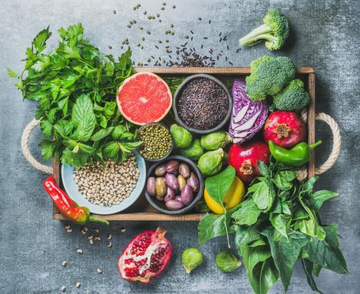 Slovenci še vedno pojemo premalo sadja in zelenjave